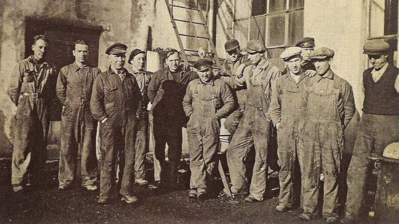 Støperigjengen fra 1943 16 9 Format PNG